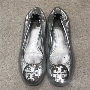 Tory Burch flats silver size 5.5